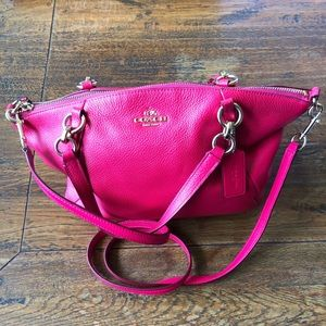Authentic COACH Small Kelsey Pebble Leather PINK🌸